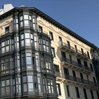 Edificio de viviendas Allende